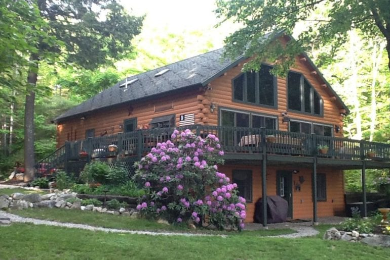 log cabin maine airbnb