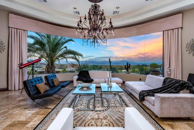 airbnb phoenix mansion