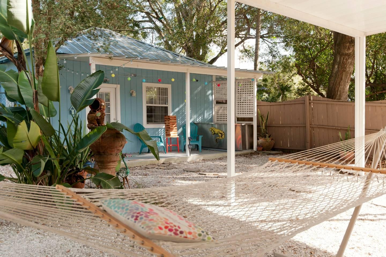 beach cottage airbnb tampa beachfront