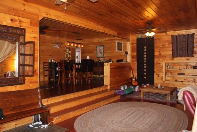 airbnb vermont barn apartment