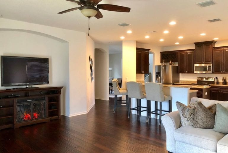 airbnb tampa home