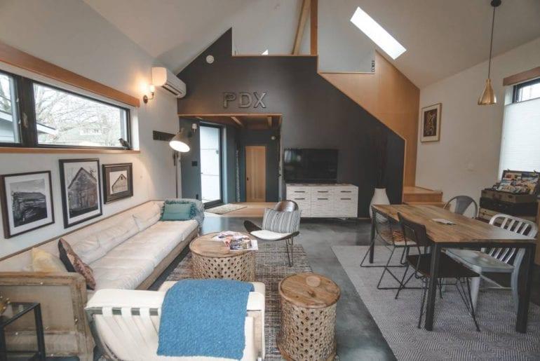 urban barn airbnb portland oregon