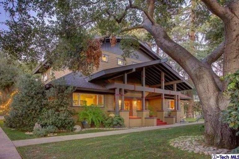 stunning craftsman style airbnb home altadena