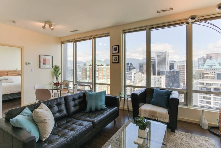 downtown vancouver airbnb condo