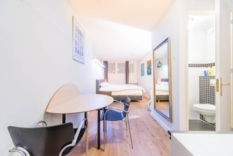 modern garden studio airbnb amsterdam
