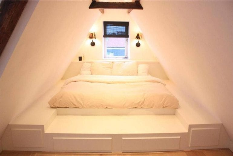 open plan airbnb loft in jordaan amsterdam