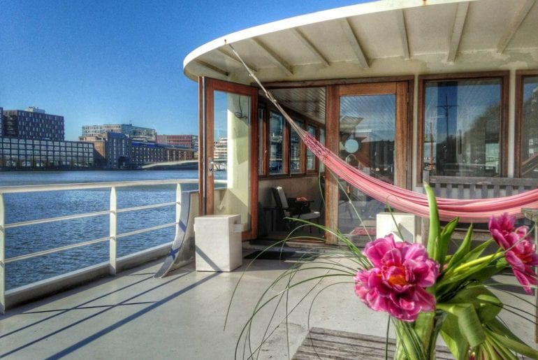 private airbnb studio on amsterdam houseboat