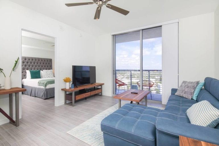 luxury condo airbnb hollywood florida