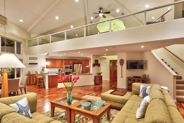 living area in a Maui VRBO home