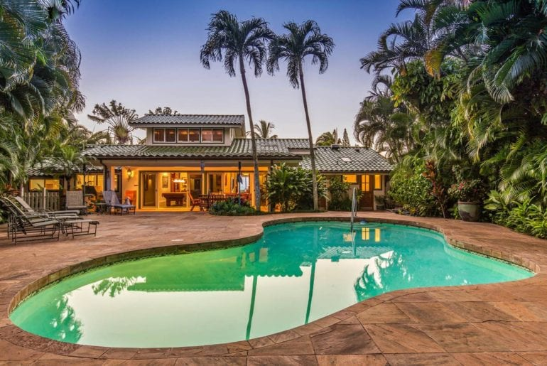 uxury maui airbnb home with pool and hottub