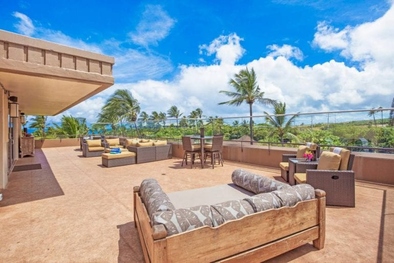 remodelled airbnb penthouse with scenic views on maui