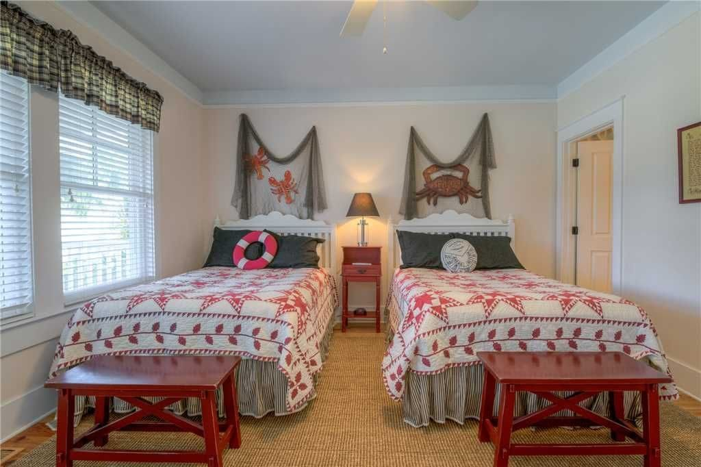 twin beds in a south carolina rental home