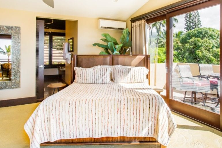airbnb maui architect designed getaway with infinity pool