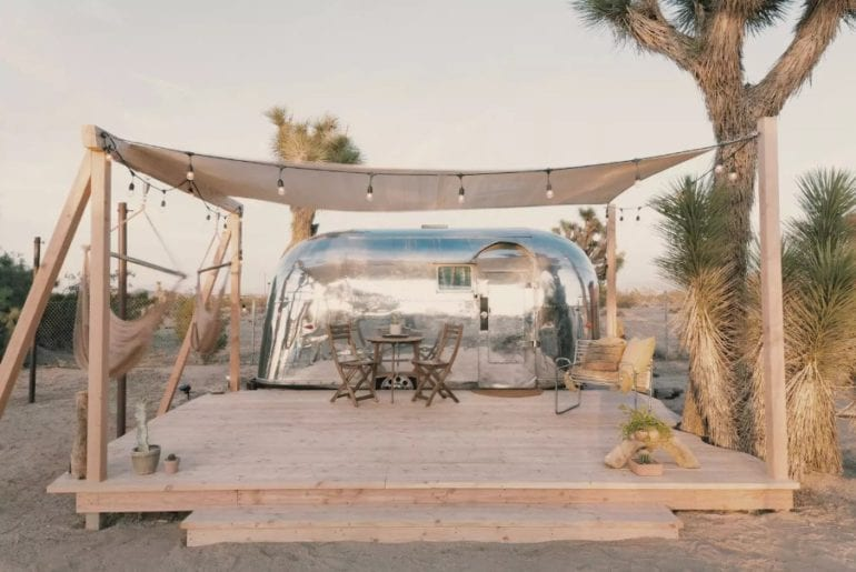 airbnb joshua tree 1959 airstream trailer in the desert