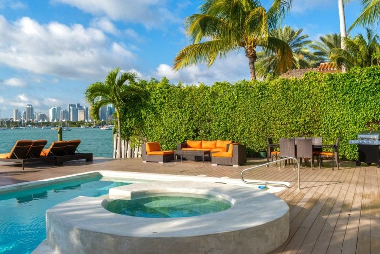 pool and jacuzzi in Miami