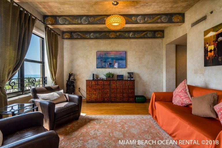 art deco condo in miami with great ocean view