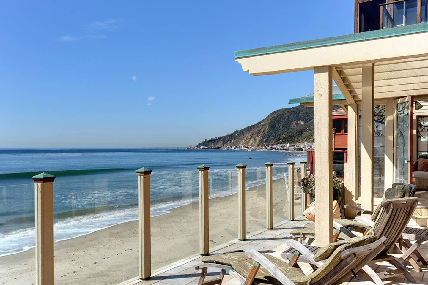 beachfront decking in an LA Airbnb