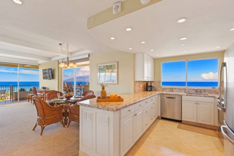 oceanfront airbnb condo on kaanapali beach