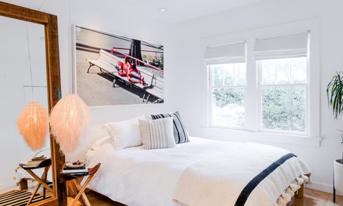 a Pacific Palisades airbnb bedroom