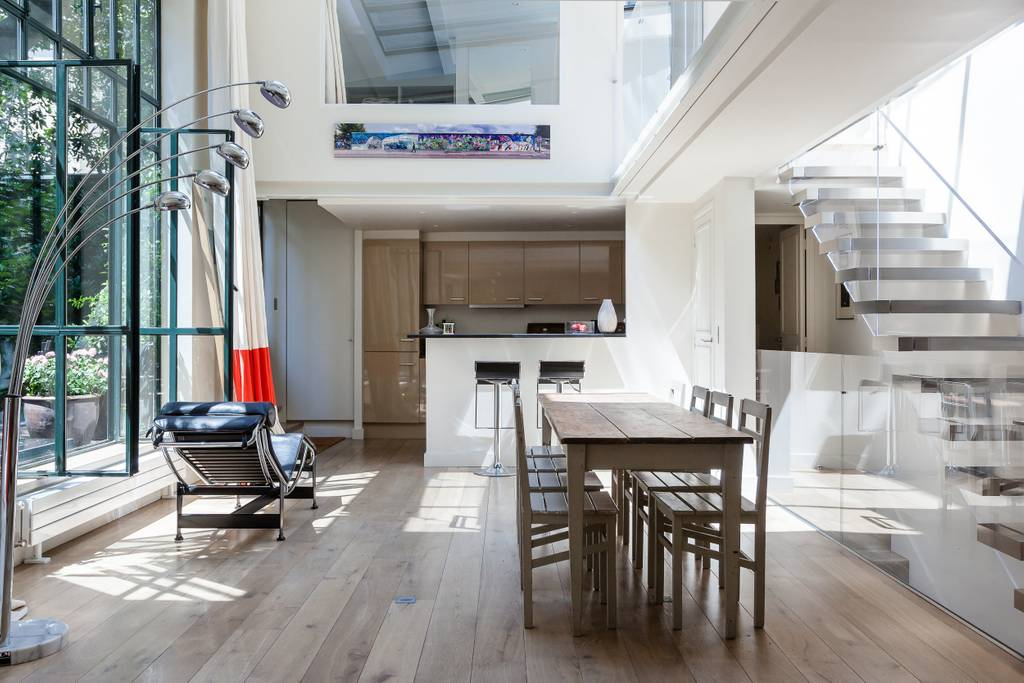 light filled paris home close to le jardin du plantes