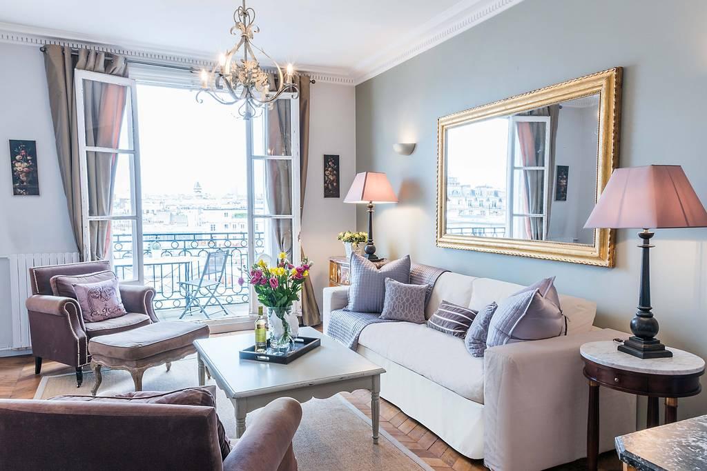 a romantic Airbnb in Paris