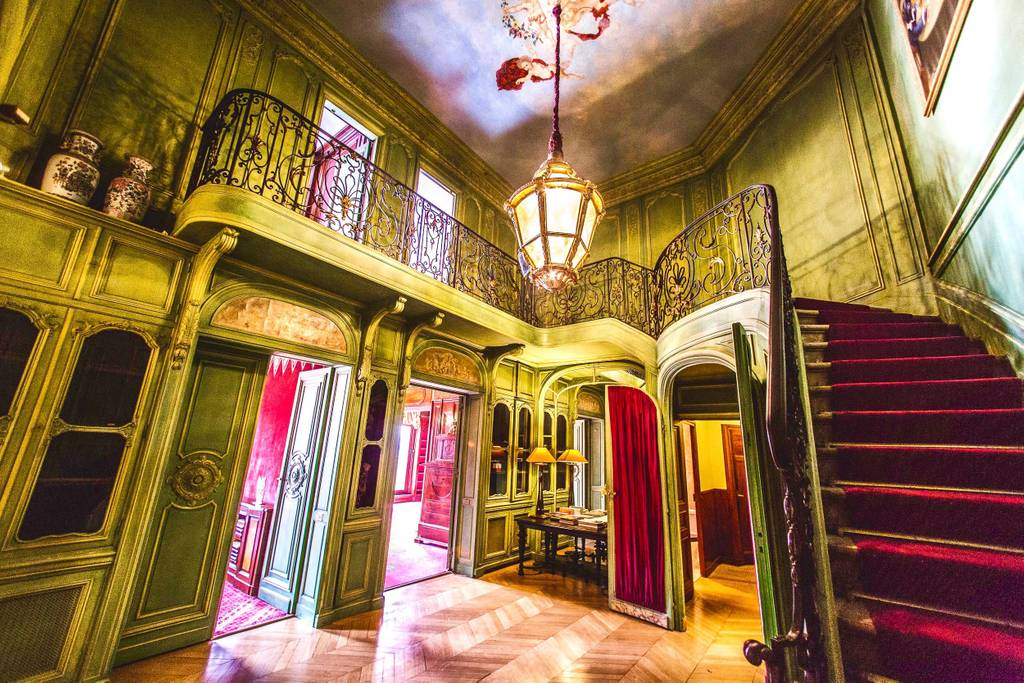 designer airbnb paris apartment with eiffel tower views