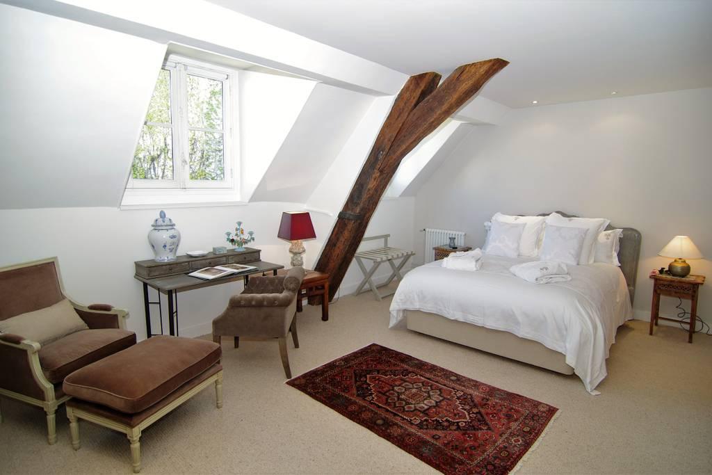 beautiful airbnb home rental in paris