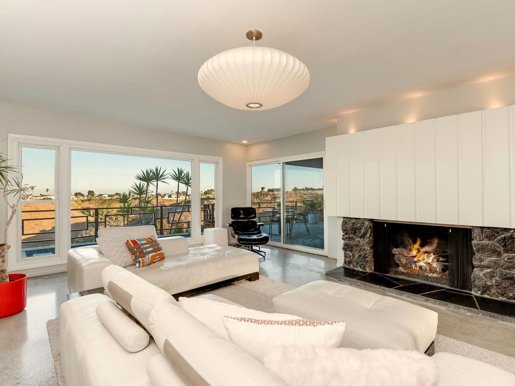 hilltop oasis with view south la vrbo