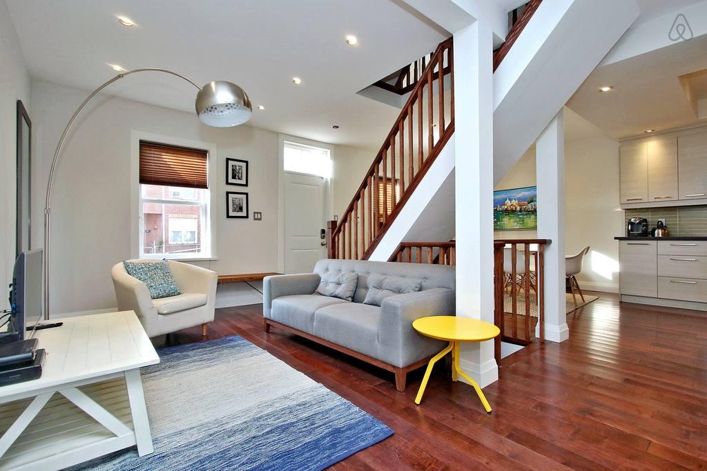 spacious luxury mansion in toronto
