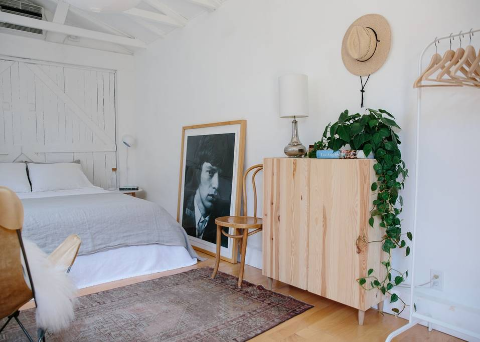 small and peaceful silverlake home los angeles
