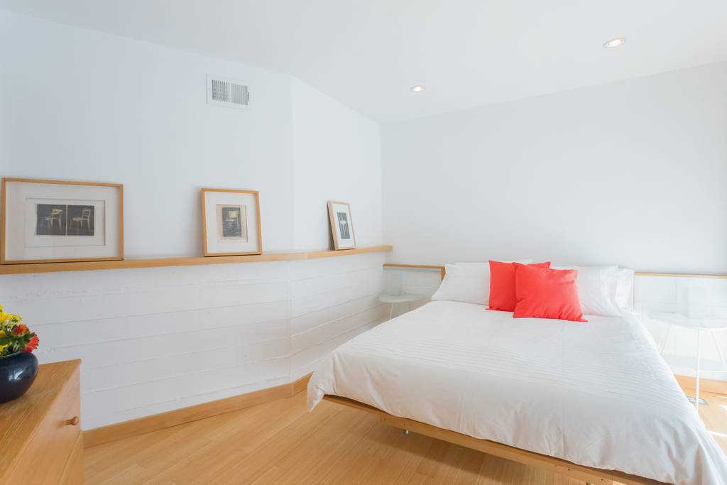 light and bright silverlake home airbnb