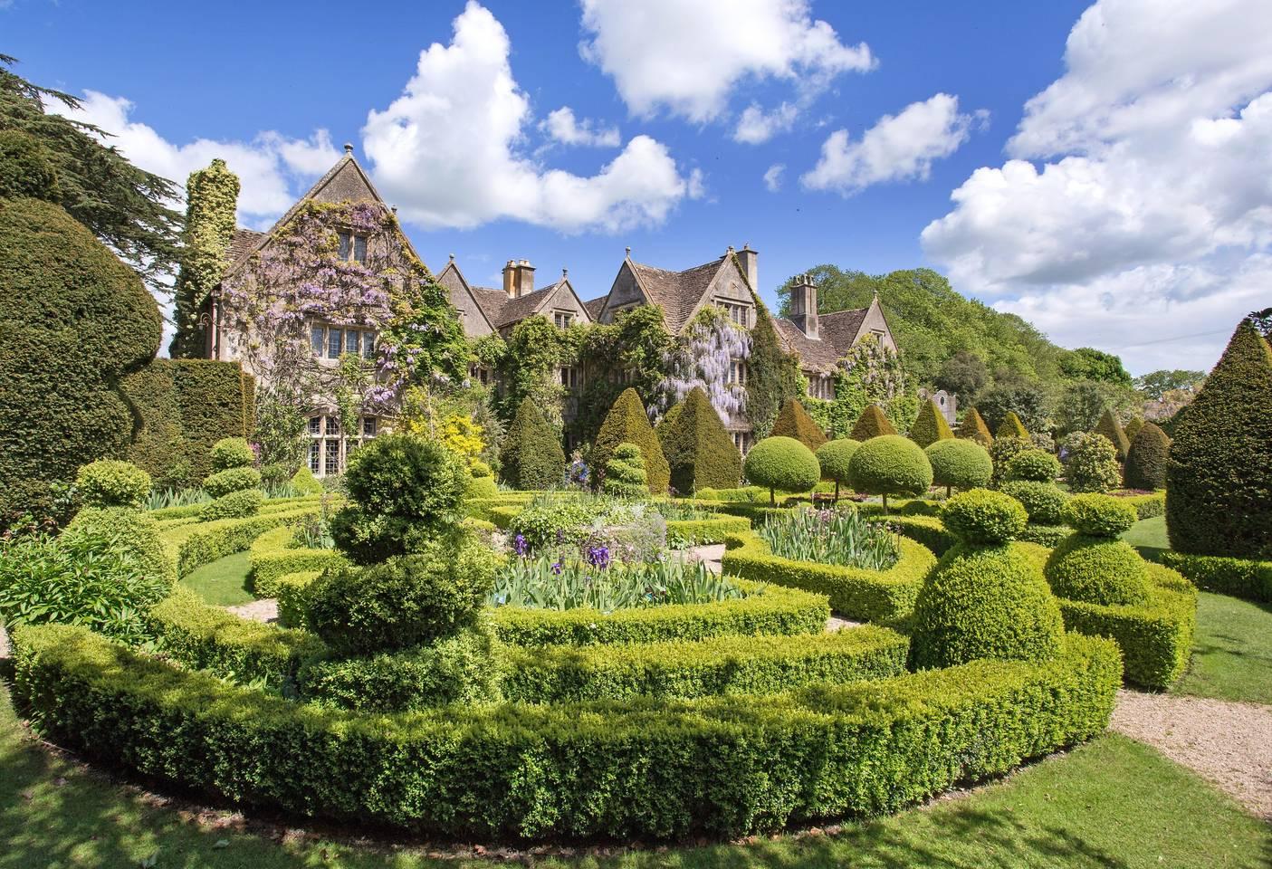 sprawling historic estate home uk