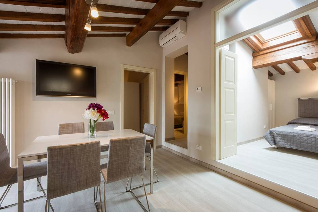 florence airbnb apartment with terrace
