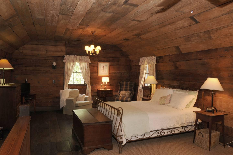 fantastic savannah cottage used in robert redford film airbnb