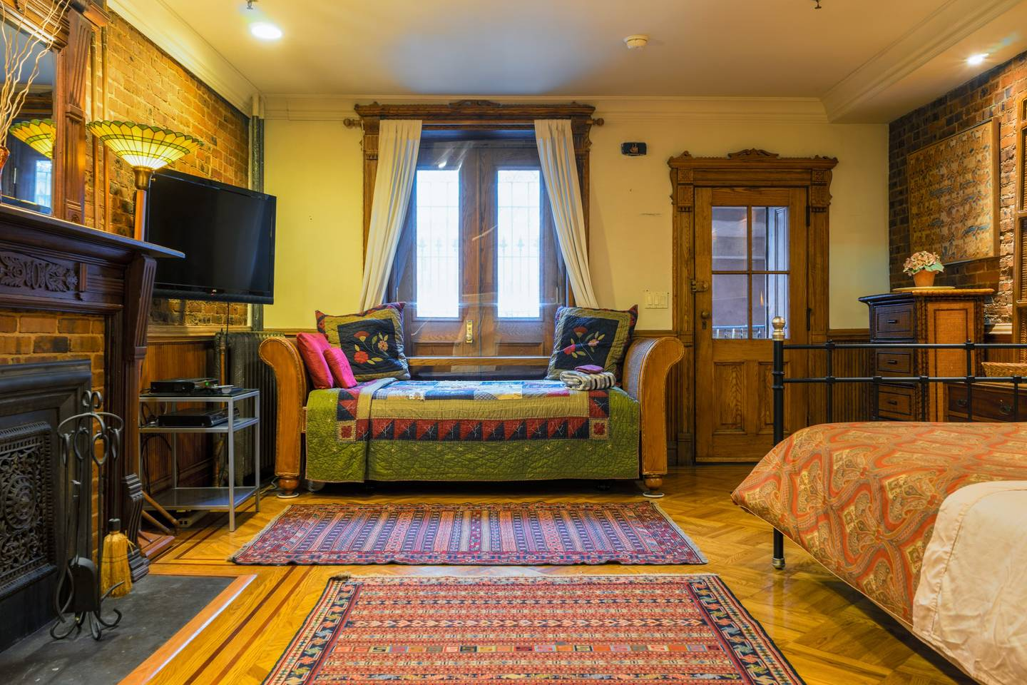 historic new year studio next to morningside park