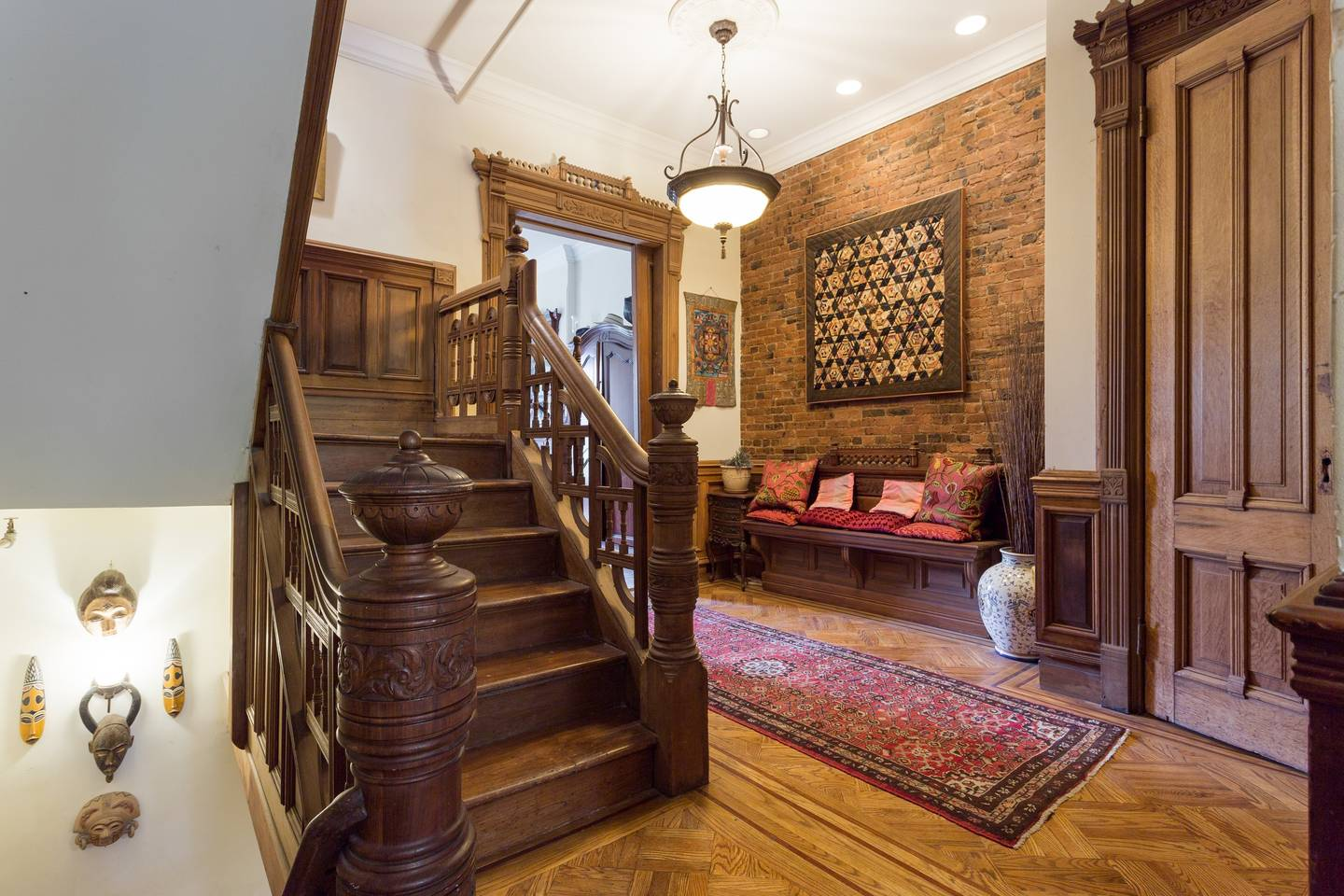 new york victorian townhouse airbnb