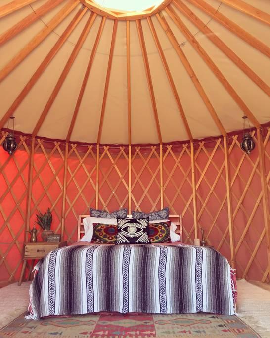 desert airbnb yurt in joshua tree