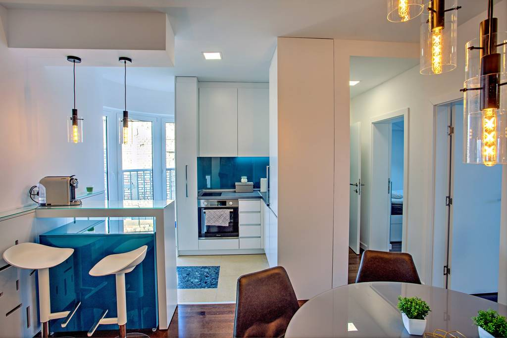 spacious airbnb apartment in center of belgrade