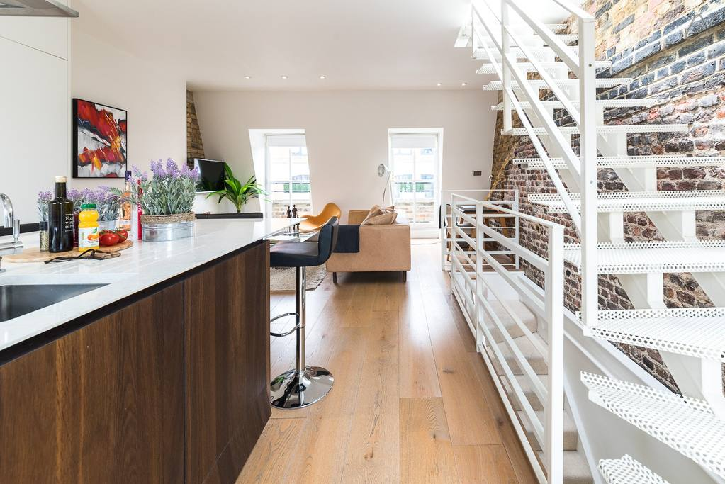 airbnb with rooftop terrace close to oxford street