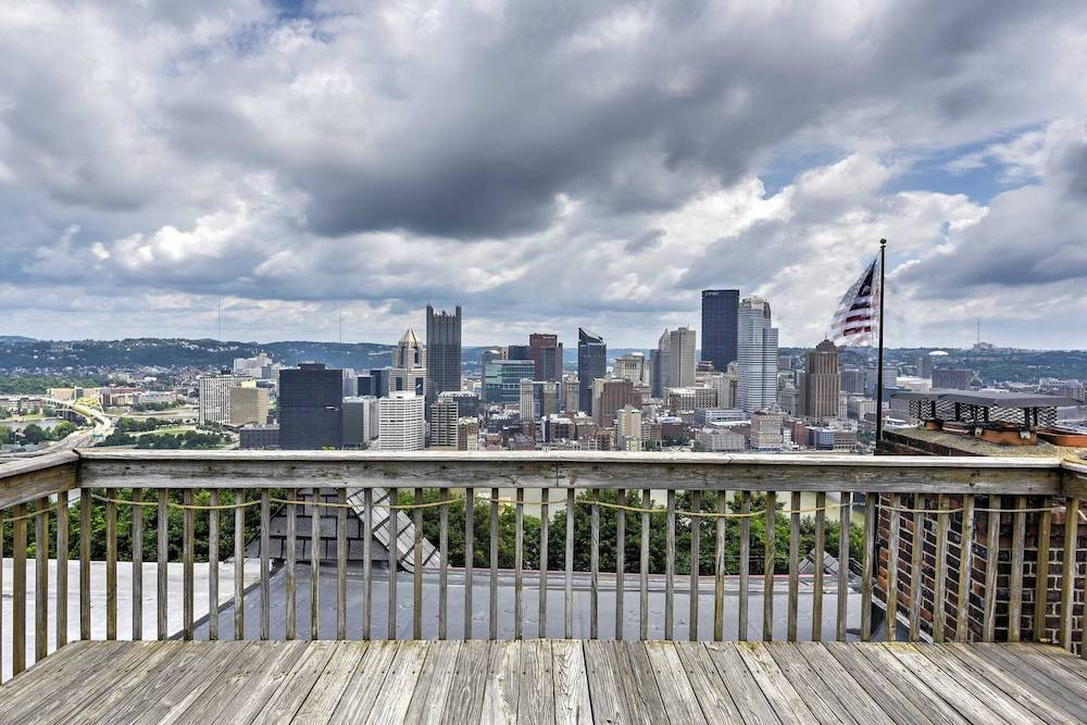 pittsburgh townhome with rooftop deck airbnb