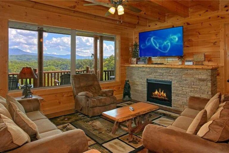 executive mountain airbnb hoem gatlinburg