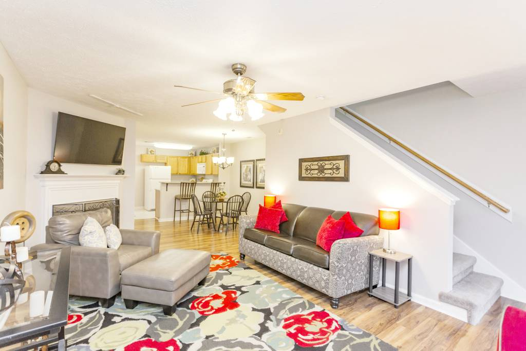 large airbnb rental nashville