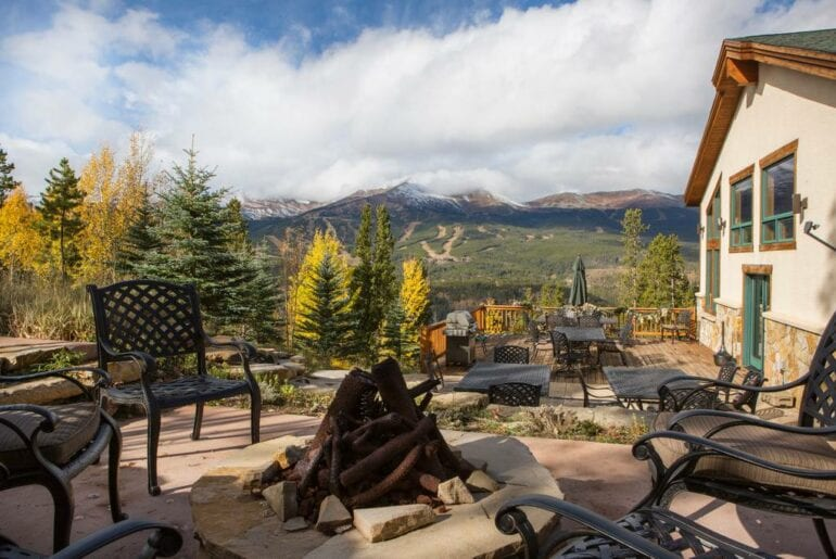 estate home in the rockies
