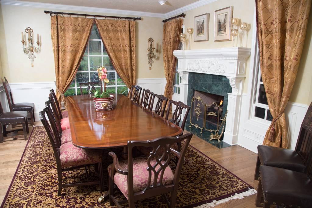 vineyard estate home airbnb oregon