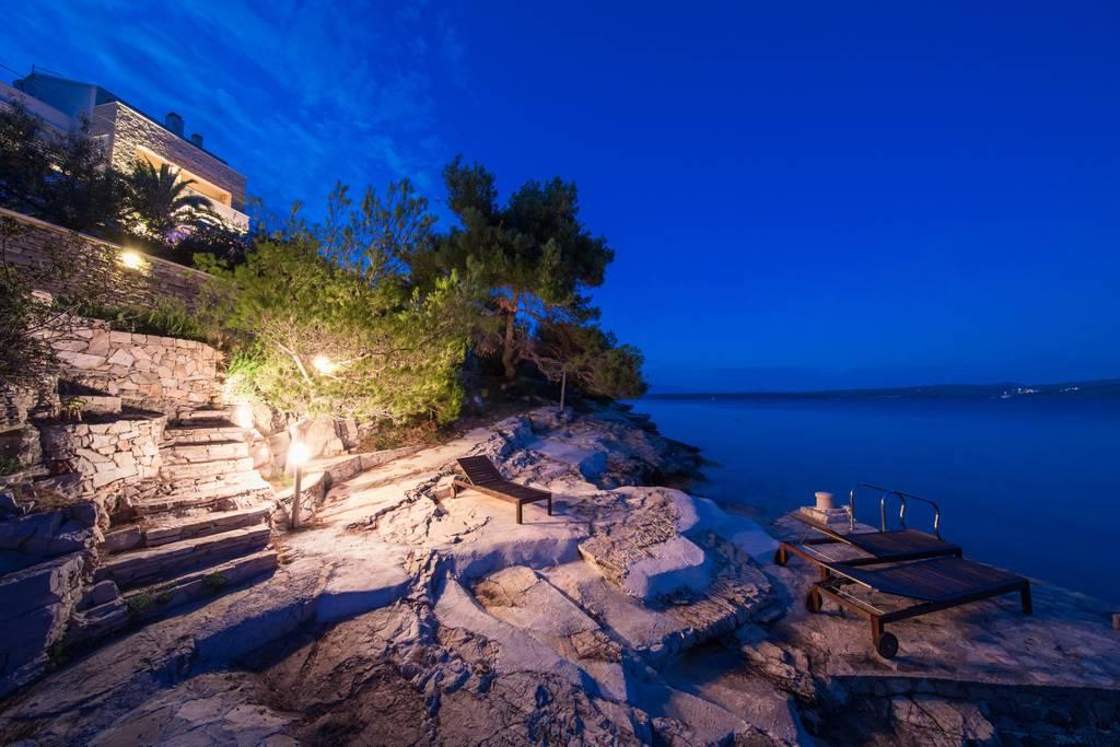 luxury airbnb Stomorska villa croatia