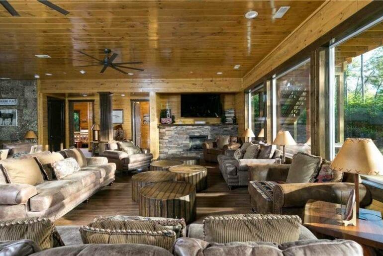 gatlingburg luxury home airbnb