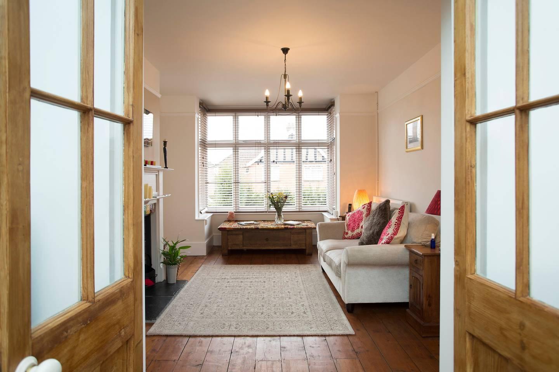 stylish airbnb close to glastonbury
