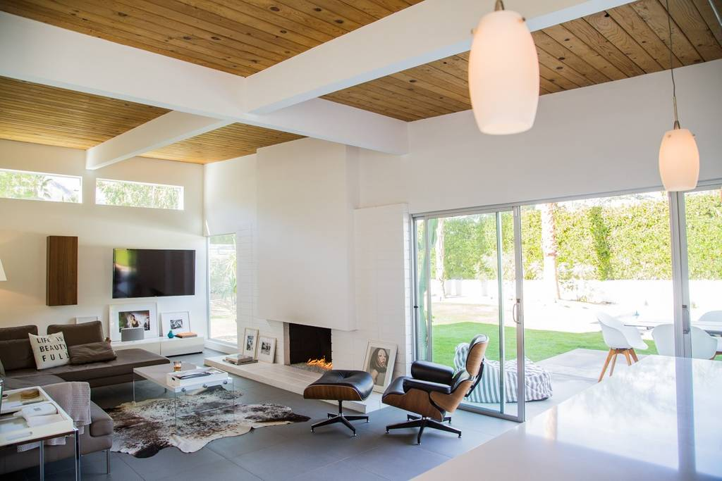 close to coachella mid century modern home