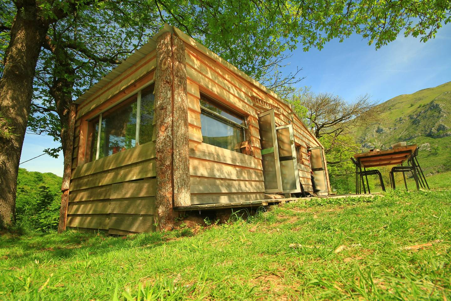 eco friendly off the grid home france