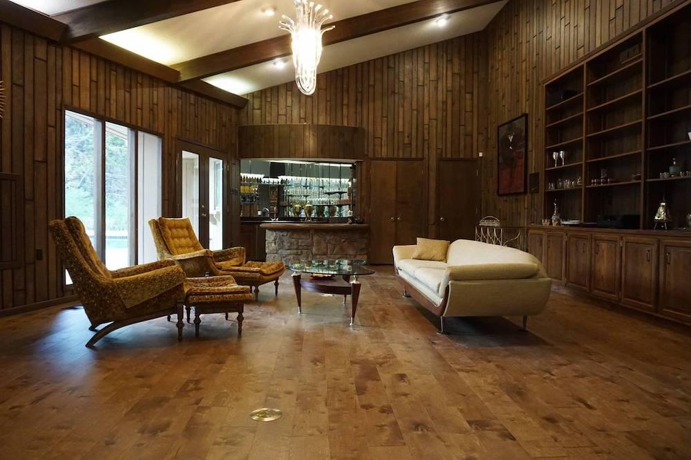 elvis presleys house airbnb memphis